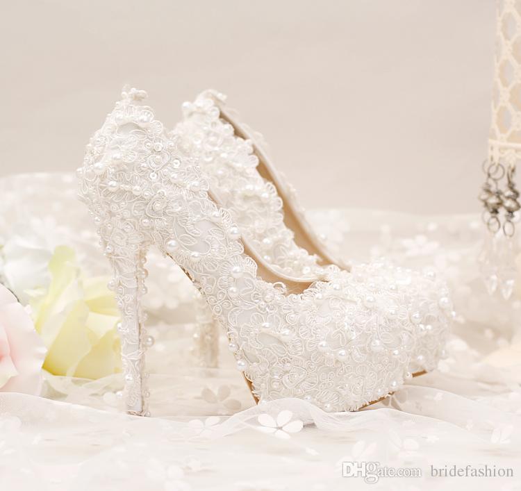 compre el nuevo encaje blanco puro corto con encaje zapatos de novia