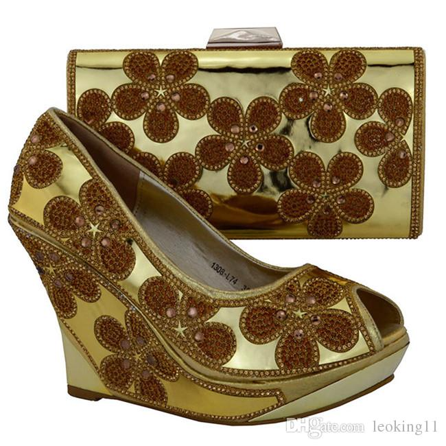 Hot sale ladies pumps with nice rhinestome flower decoration african shoes and handbag set high heel 10.5 CM shoes 1308-L74 fuchsia