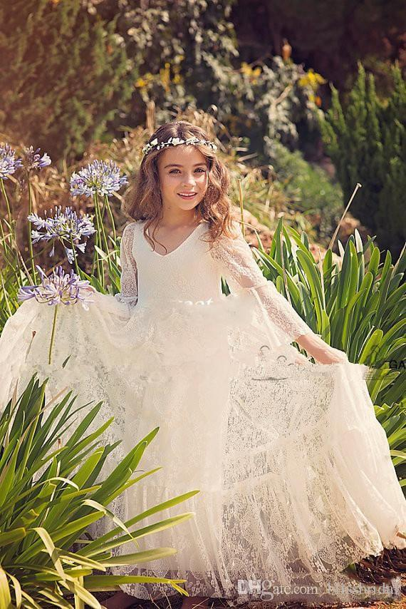 Lovely Lace Flower Girls Dresse 2017 V Neck Illusion Girls Communion Gowns Long Sleeves Girls Pageant Dress Birthday Gown Cute