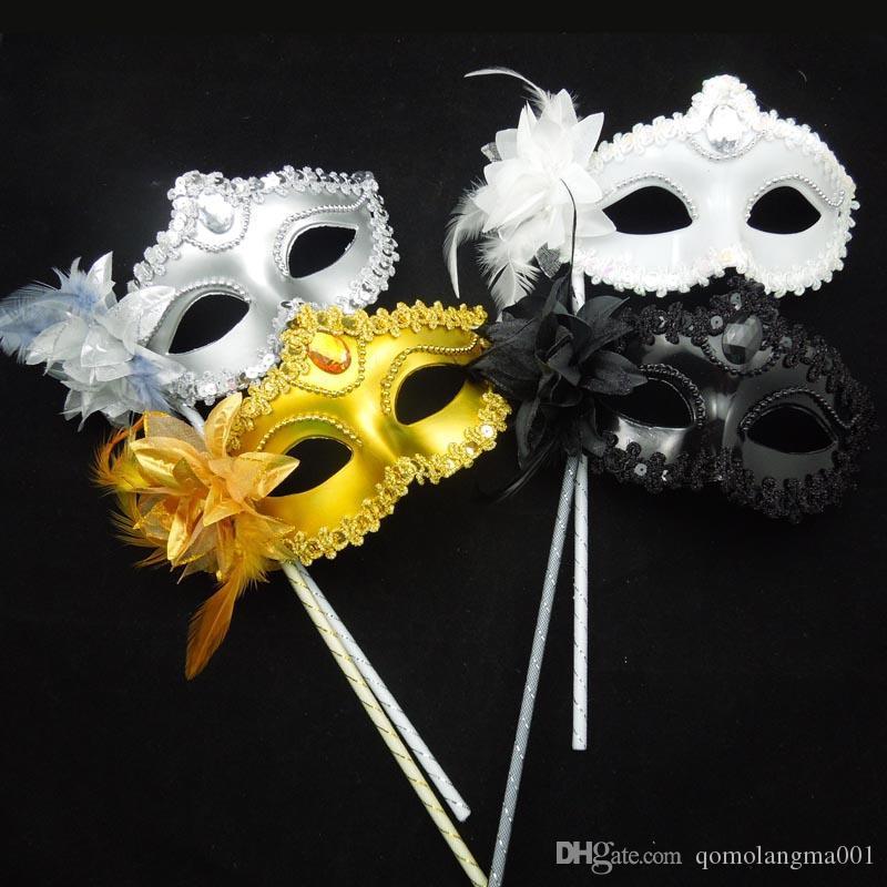 Luxury Diamond Woman Mask on Stick Sexy Eyeline Maschera veneziana feste Maschera di paillettes Bordo in pizzo Fiore laterale Oro Argento Colore nero bianco