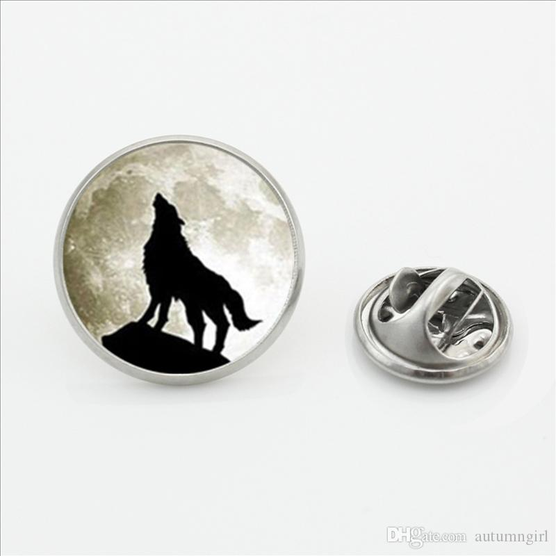 New Design Howling Wolf Lapel Pins Silver Jewelry Wolf and Moon Butterfly Clasp Pin Glass Dome Photo Mens Collar Tips