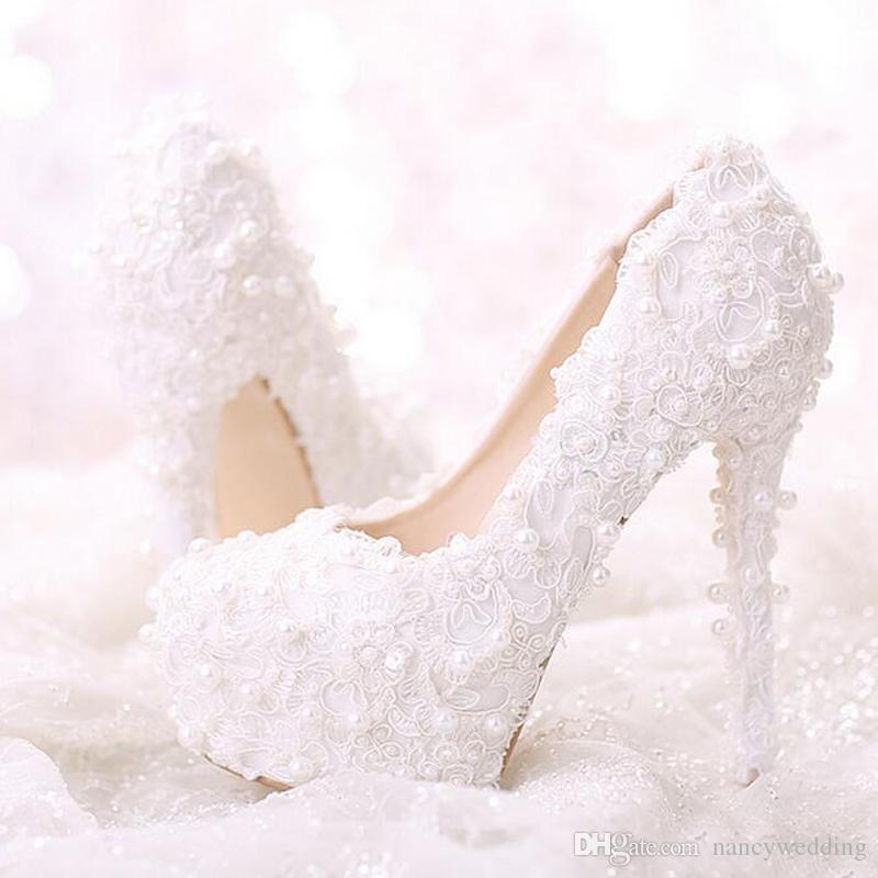 Talon plat confortable blanc perle douce dentelle chaussures de mariée Bouquet robe de soirée de mariage chaussures Dernières belles femmes chaussures