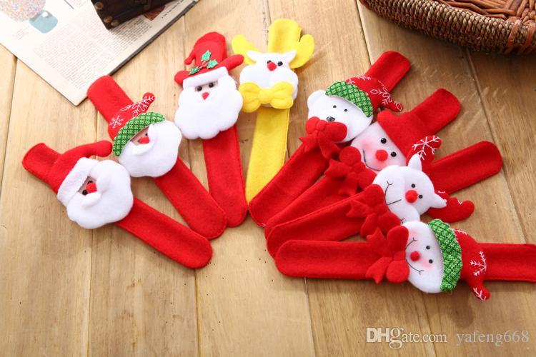 Envío gratis whiChristmas decoraciones muñeco de nieve anciano clap círculo de niños broche luminoso anillo pulsera muñeca decoración regalo de Navidad