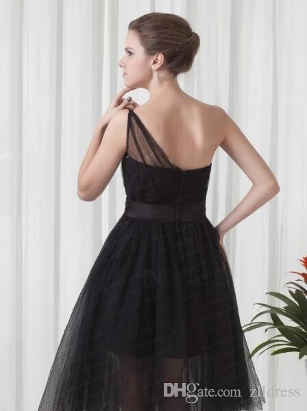 Robes de demoiselle d'honneur de longueur de thé 2016 noir Tulle une épaule robes de soirée de mariage une ligne simple pas cher moins de 100 demoiselles d'honneur robe
