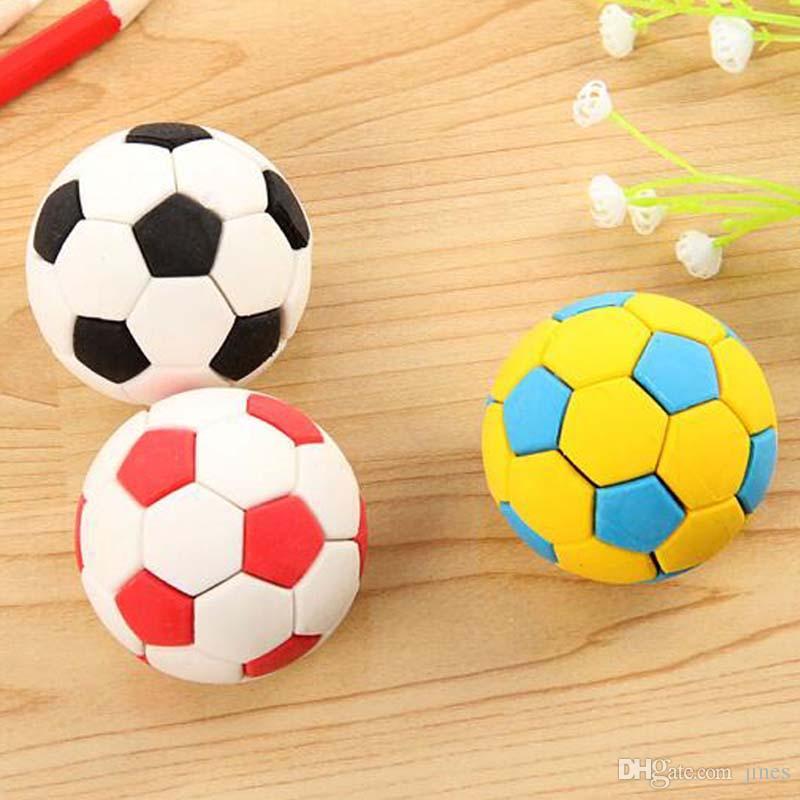 10 unidades Forma de fútbol Borrador Útiles escolares Gomas Niños Estacionario Estudiante Aprendizaje Suministros de oficina Envío gratuito Papelaria