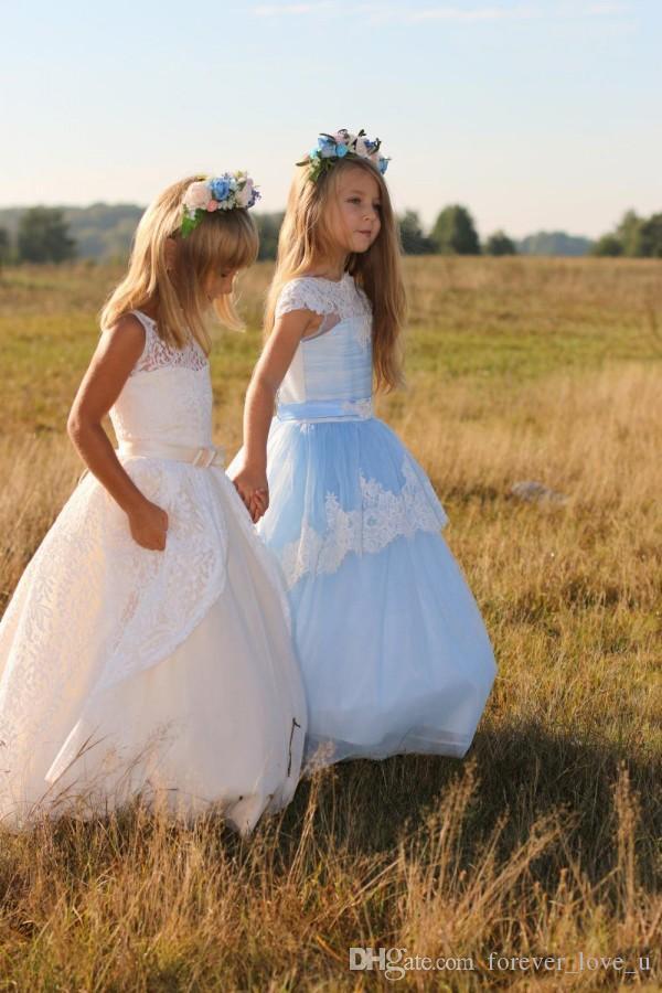 Vintage Boho-Spitze-Blumen-Mädchen-Kleider für Hochzeiten A Line Sheer Bateau-Ausschnitt Ärmel Langen Ganzkörperansicht Kinder-Festzug-Kleider Günstige Wear