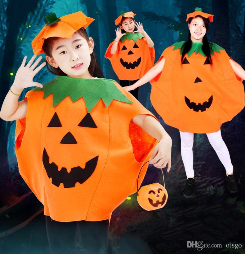 Compre Telas No Tejidas Abrigo De Calabaza De Halloween Con Gorras Sombrero  De Caramelos De Farol Adultos Festival De Fiesta De Niños Ropa De Cosplay A  ... 8a971bca03d