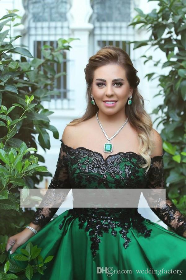 2019 Impresionante vestido de fiesta árabe fuera del hombro Vestidos de noche verde esmeralda Apliques con lentejuelas negros Vestidos formales de manga larga