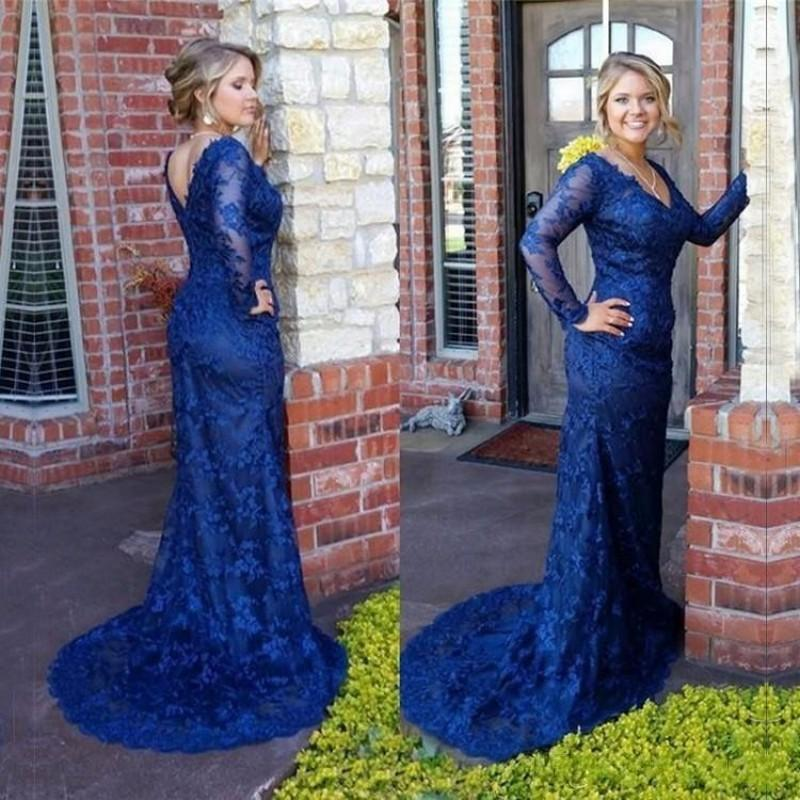 Elegant V back Long Sleeves Full Lace Royal Blue Evening Dresses Sheath Sweep Train Formal Women Party Prom Gowns 2016 Custom made