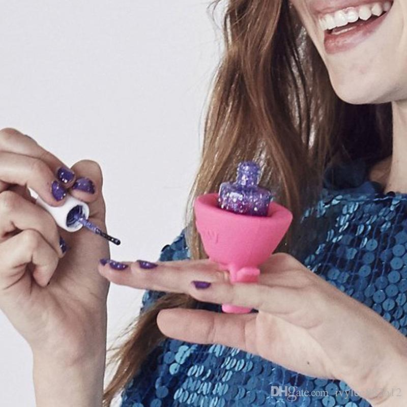 2016 neue Silikon Nagelgelpoliermittel Flaschenhalter Ring Stil Nagel Werkzeuge Nägel Kunst Polnischen Make-Up Lack Flasche Ständer Halter