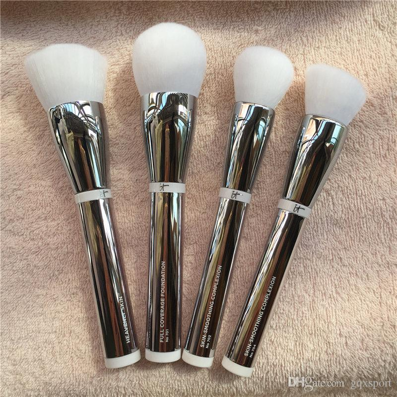 it cosmetics heavenly skin smoothing complexion brush 704 bye bye