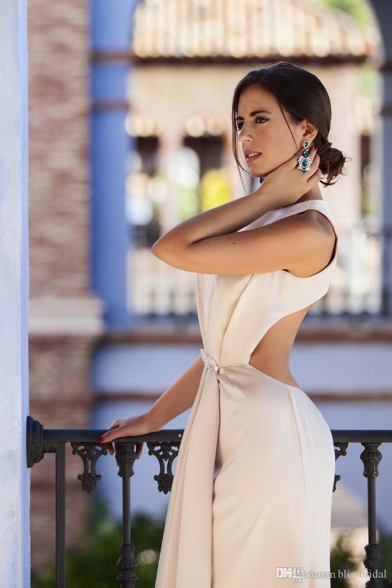 Élégant Champagne Robes De Bal 2016 Plissée Plissée Satin Dos Nu Robes De Soirée Sur Mesure Femmes Formelles Robes De Fête