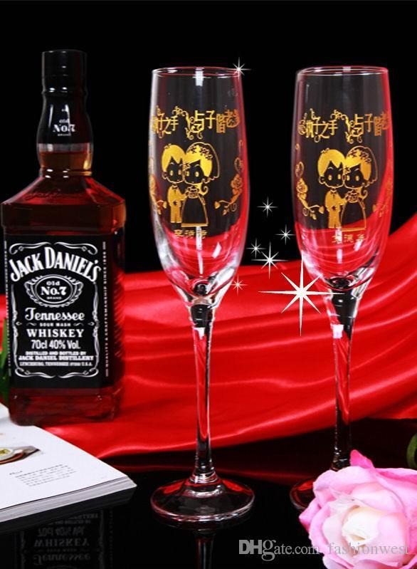 Kişiselleştirilmiş Gelin Şampanya Kadehleri Kişiselleştirilmiş Kazınmış Şampanya Flütleri  Mr Mrs Düğün - Fotoğraf olarak Glassware Handmake