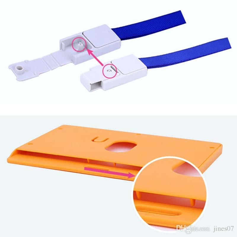 10 Unidades / lote Identificación de Negocio Tarjeta de Insignia Soporte de Tarjeta de Almacenamiento Horizontal Para el uso de la exposición de la oficina de la escuela de la empresa con cordón
