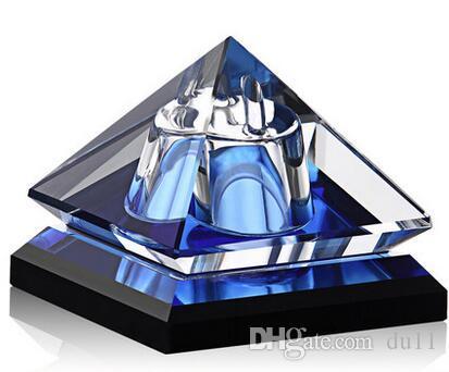Siège de parfum de voiture Chauchi Kakaoru cristal bijoux véhicule créatif bouteille de parfum de véhicule avec décoration de voiture type de voiture décoration de voiture