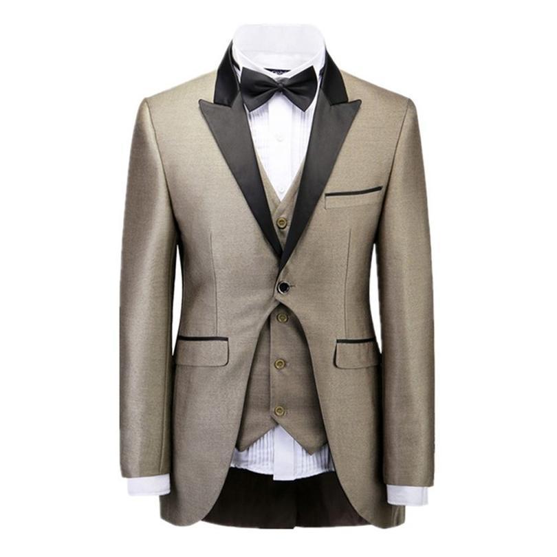 2016 Smoking dello sposo Best Man Suit Matrimonio Groomsman Uomo Abiti Sposo giacca + pantaloni + gilet + cravatta a farfalla Smoking dello sposo Groomsman Suit Tute da uomo