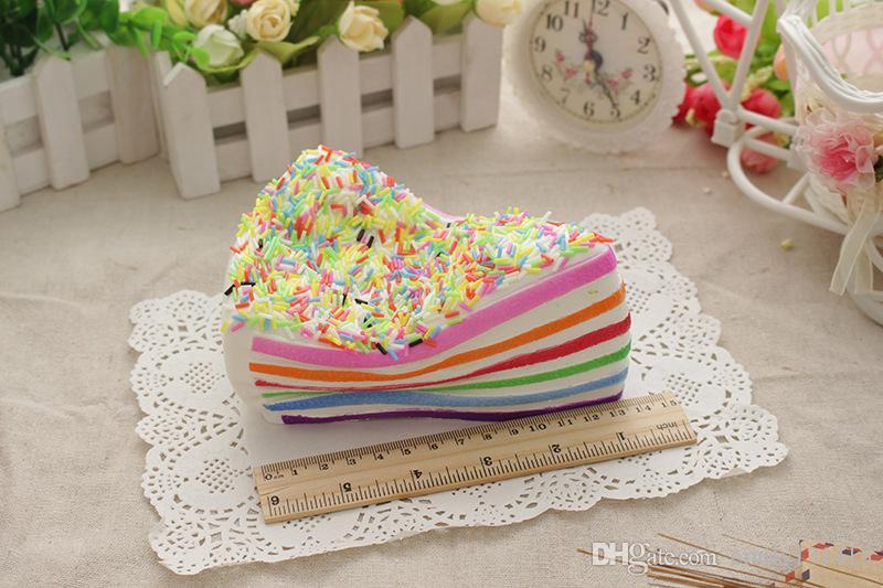 Kawaii Mignon Squishy arc-en-ciel triangle Cake Super Slow Rising Téléphone Sangles Crème Pain Parfumé Enfants Jouet Gif