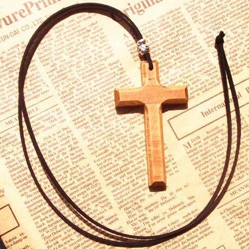 المسيحي الصلبة خشبية الصليب قلادة قلادة خمر سترة سلسلة طويلة الجلود الحبل رجال نساء مجوهرات اليدوية أنيقة هدايا عيد الميلاد 12 قطع
