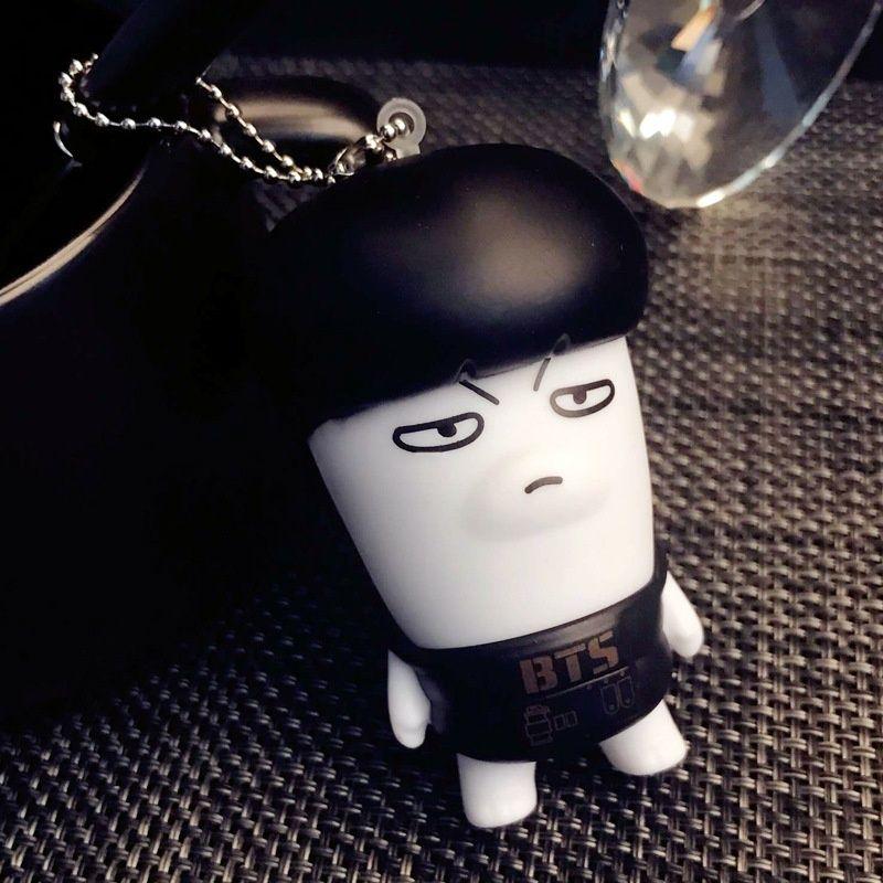 BTS Kawaii Keychain JIN J-HOPE JUNGKOOK RAPMONSTER Action-Figuren Spielzeug Puppen Südkorea nette Puppen-Anhänger