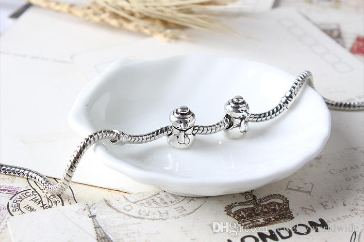 Unique Snowman Alloy Charm Bead Fashion Women Jewelry Stunning Design European Style For Pandora Bracelet Necklace