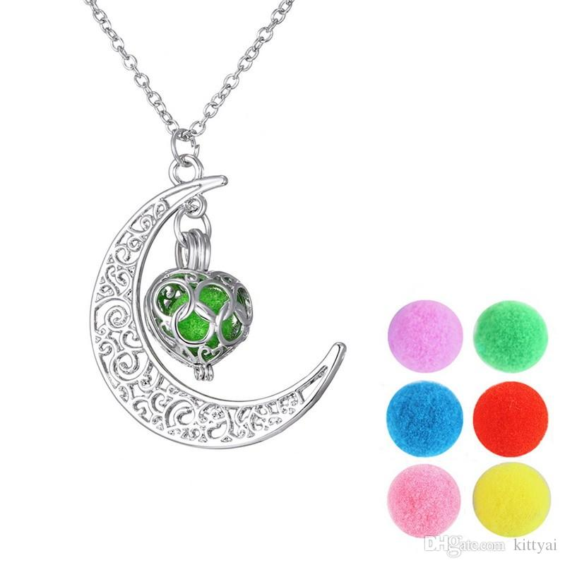 2016 Fashion Jewelry Silver Chain Moon Heart Luminous Aromatherapy Pendant Necklace Choker Collier Long Necklaces For Women