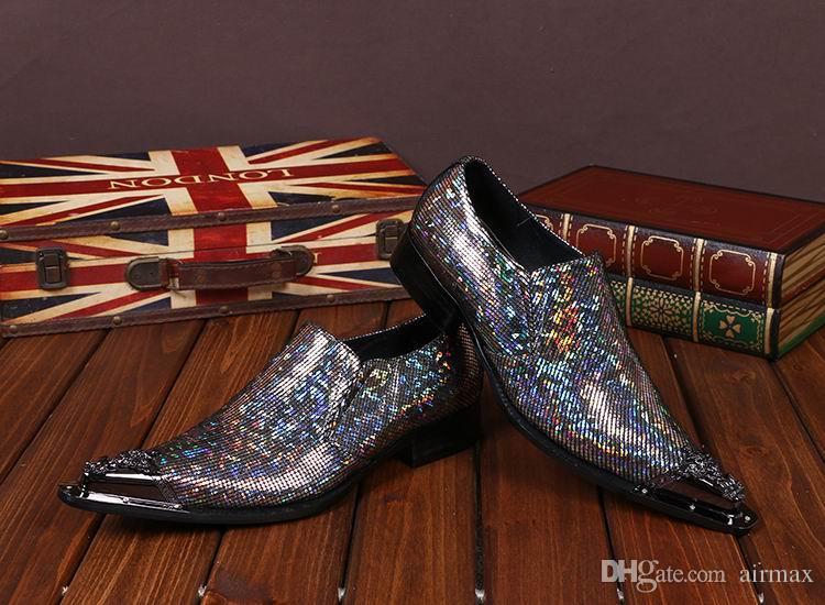 나이트 클럽 인격 럭셔리 남성 레저 가죽 신발 반짝이 보트 신발에 패션 금속 발가락 슬립 남자 파티 쇼 Qshoes
