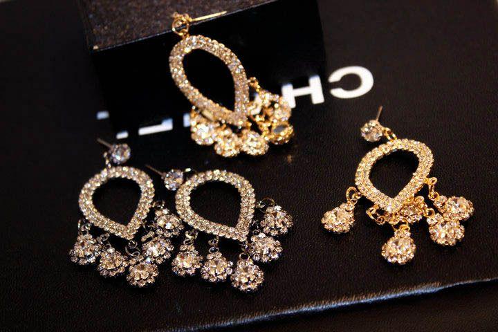 Europäische und amerikanische Mode luxuriöse lange super Flash hochwertige importierte Kristallohrringe