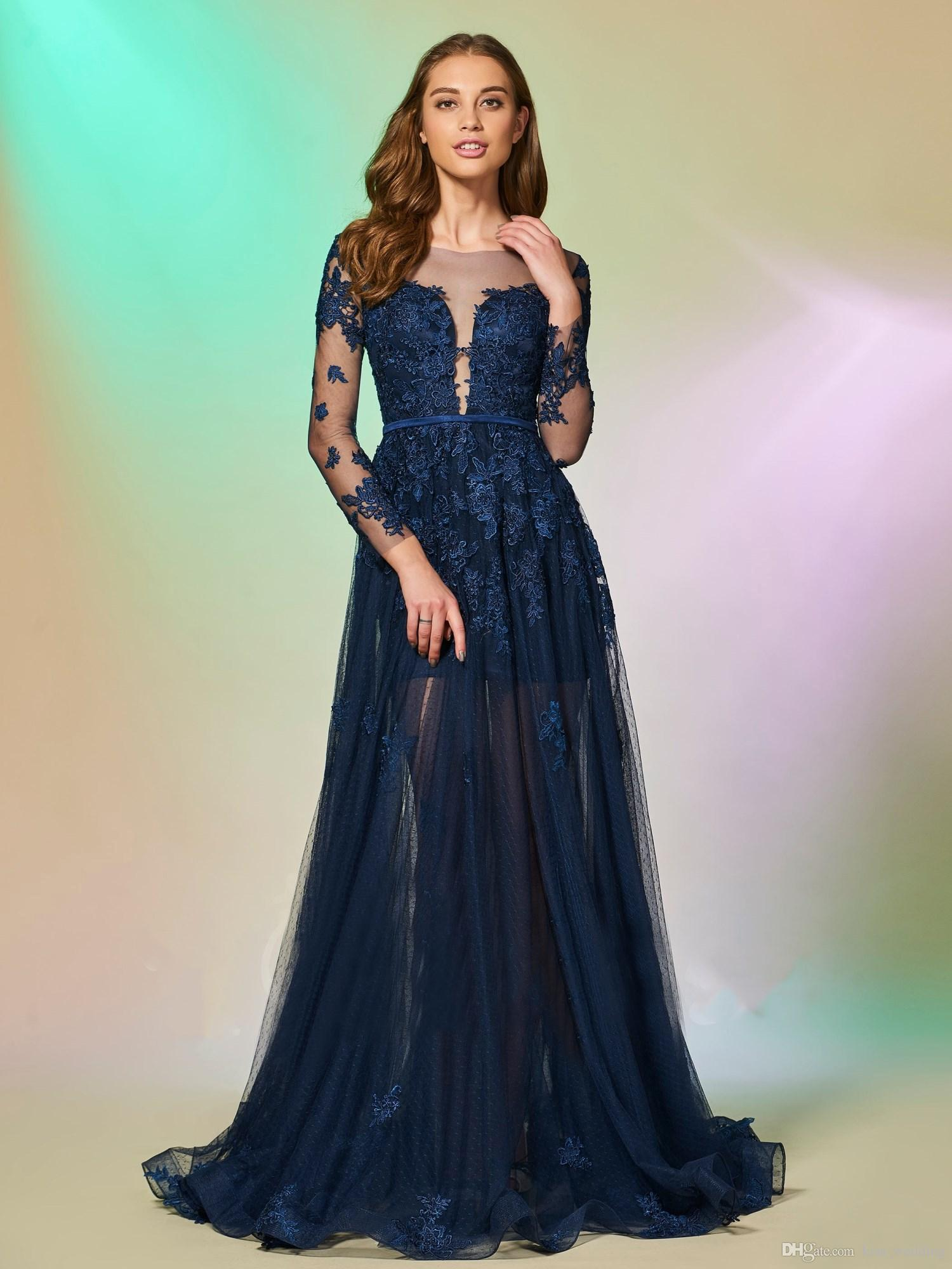 a22ccdb15 Compre 2018 Sexy Illusion Vestido De Noche A Line Azul Oscuro Sheer Escote  Fiesta Vestidos De Baile Vestidos Formales Mangas Largo Más Tamaño A   124.74 Del ...