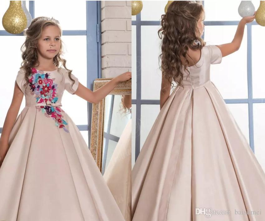 Lovely 2018 Flower Girl Dresses Applique Short Sleeves Satin Ball