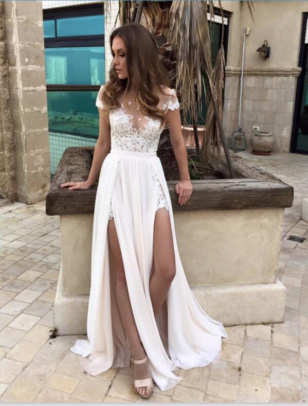 Playa de verano Berta Vestidos de novia Sexy Lace Chiffon Vestidos de novia con ilusión Equipo Cuello Casquillas Mangas de gasa Tejido