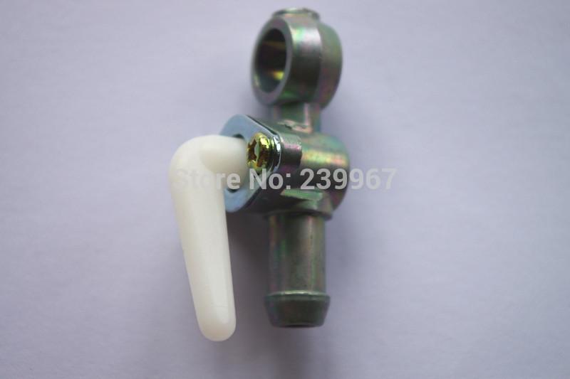 2 robinets de soupape de robinet d'arrêt de carburateur pour Kawasaki TD33 TD40 TD43 TD48 Mitsubishi TB43 TB52 TL43 TU43 débroussailleuse Pièces de robinet d'essence