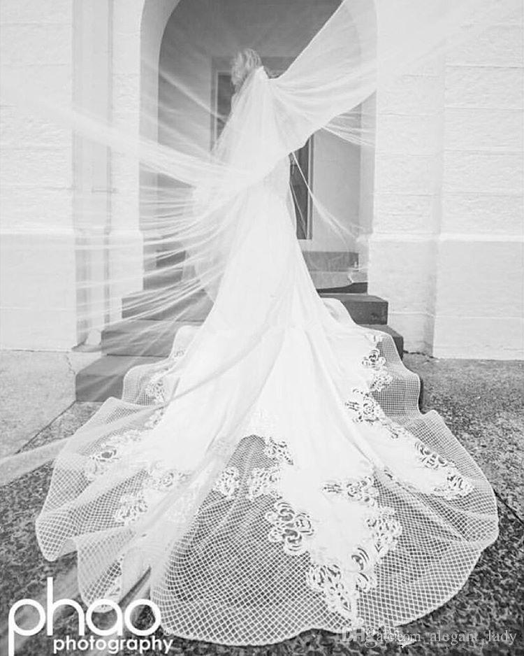 New Design Off Shoulder Mermaid Wedding Dresses Pearls Backless Trumpet Chapel Train Lace Bridal Wedding Gowns Vintage Plus Size Custom