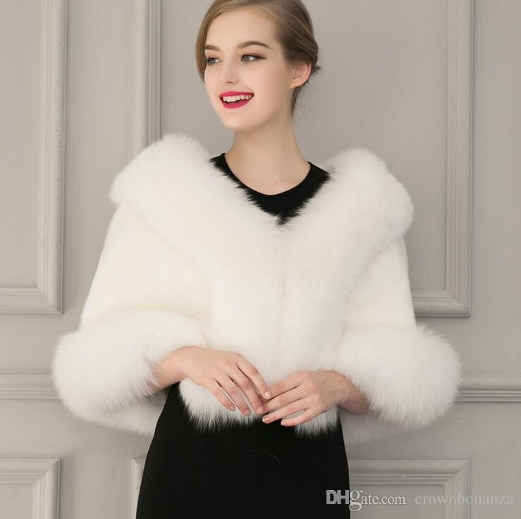 2017 Ladies White Black Faux Fur Cape Wedding Gown Capelet Winter ...
