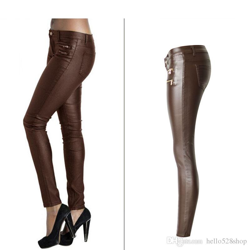 Pantaloni da donna a vita bassa in pelle PU marrone scuro Pantaloni a doppio disegno con zip e cerniera Plus Size