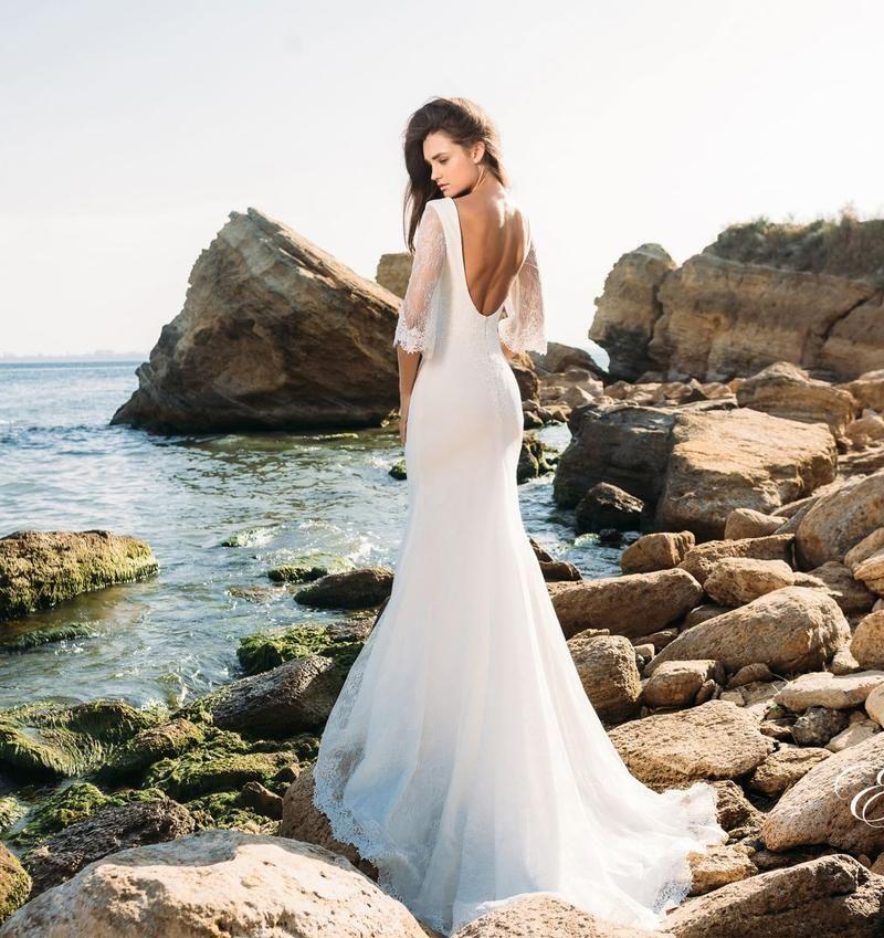 3 4 Long Sleeves Lace Beach Wedding Dresses 2017 Eva Lendal Bridal V Neckline Backless Short Train Sheath Gowns Quick Ship