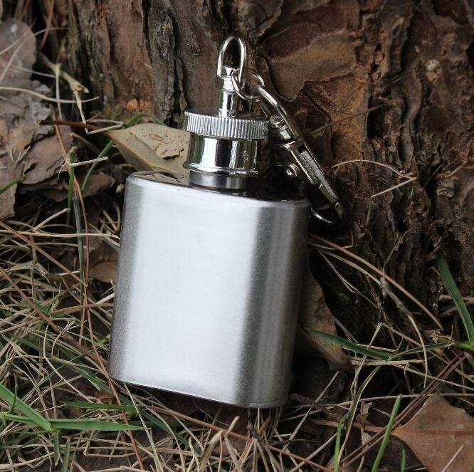 En gros de la mode 1 oz 28 ml en acier inoxydable flacon hip portable bouteille de vin à emporter ivrogne alcoolique fournitures essentielles