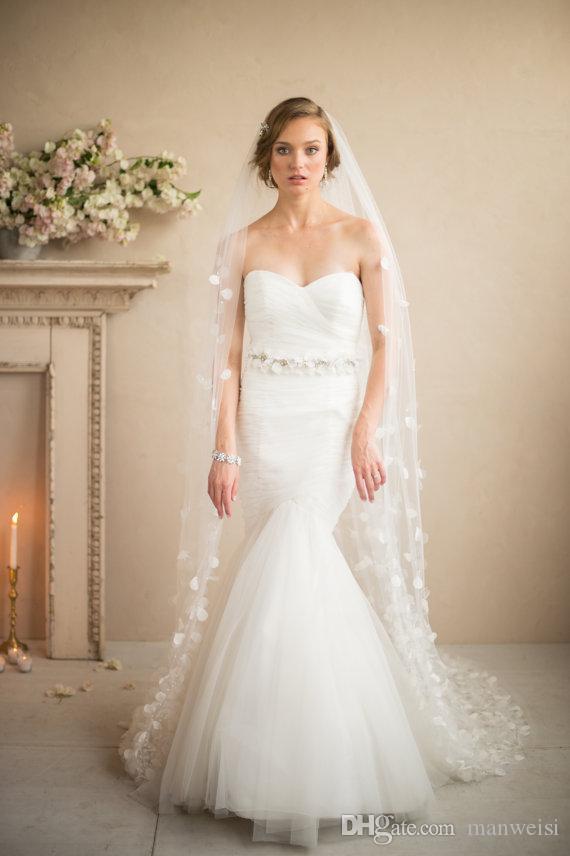 3D-Blumenapplikationen Eine Schicht Bridal Schleier Kapelle Länge Schleier Hochzeitsschleier Tüll Weiß oder Elfenbein Schleier für Braut 2,5m lang Schleier