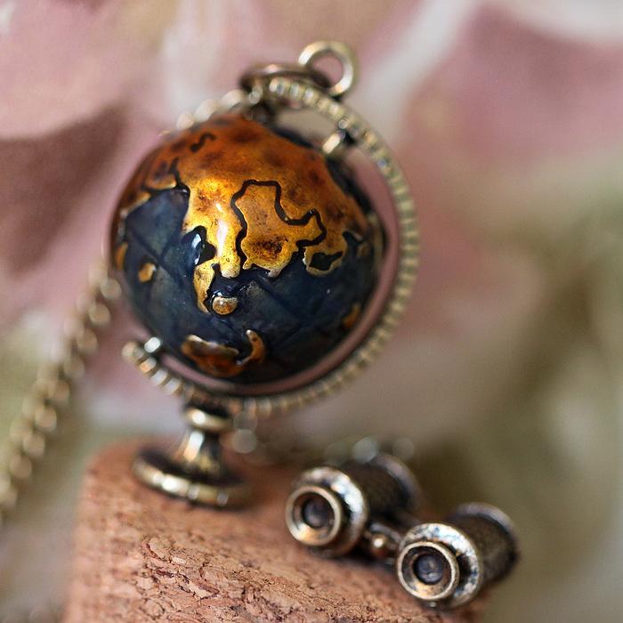 Necklaces & Pendants For Women Vintage Globe Earth Telescope Tellurion Enamel Pendant Long Chain Necklace