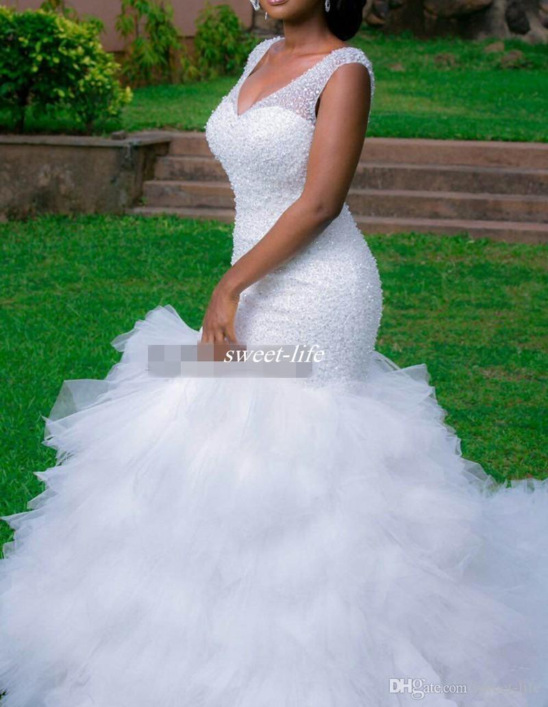 Vintage Plus Size Meerjungfrau Brautkleider Perlen schiere tiefem V-Ausschnitt rückenfreies Korsett Rüschen Tüll 2019 Garten Hochzeit Brautkleider