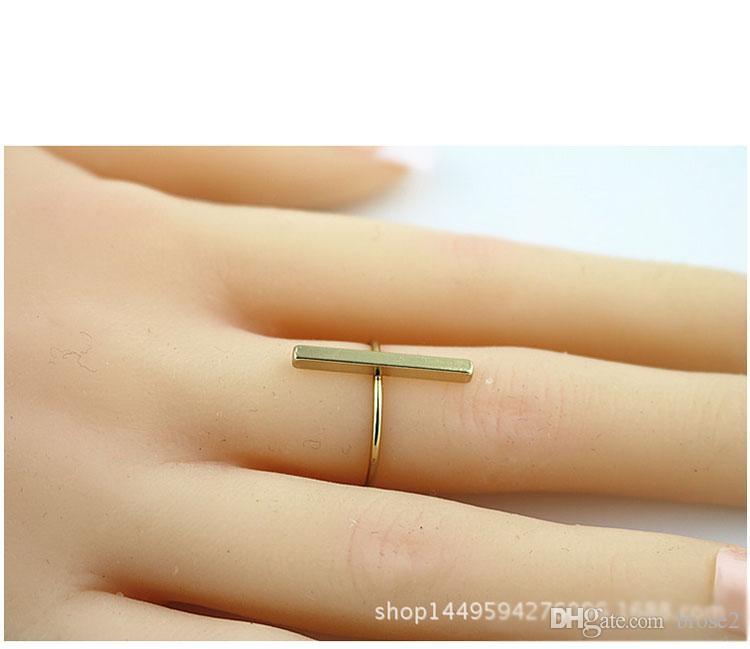 Оптовая продажа фабрики европейский и американский минималистский слово кольца кольца тонкие модели новых ювелирных изделий смешанные партии стойло питания