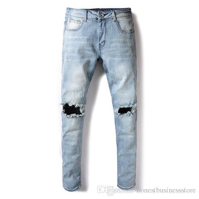 Großhandel Mode Streetwear Herren Jeans Hellblaue Farbe Slim Fit Elastische Denim  Jeans Männer Weiche Glatte Stoff Loch Zerrissene Jeans Für Männer Von ... 3b28782a7e