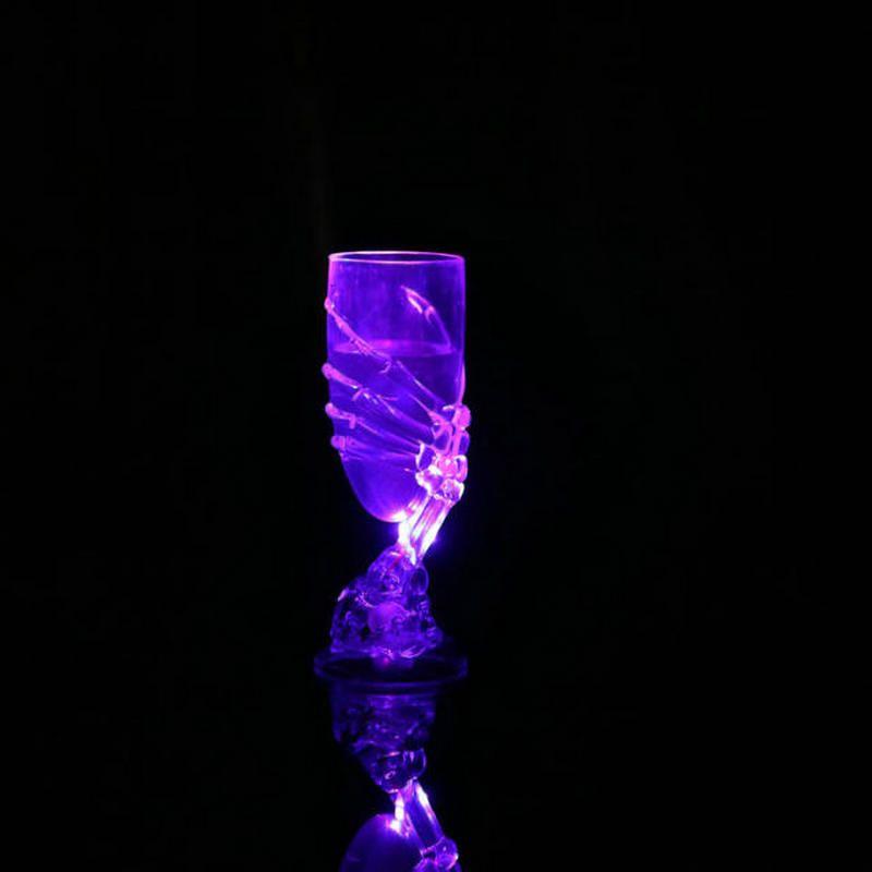LED Ghost Claw Cup Rifornimenti del partito di Halloween Plastica Horror Ghost Glass Bar Illuminazione Club Tazze lampeggianti Champagne Wine Beer Mug WX-C44