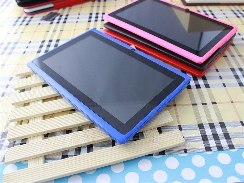 Дело q88 таблетки сердечника квада 7 дюймов Allwinner А33 Андроид 4.4 512 МБ RAM 4 Гб ROM планшет ПК беспроводной доступ в интернет