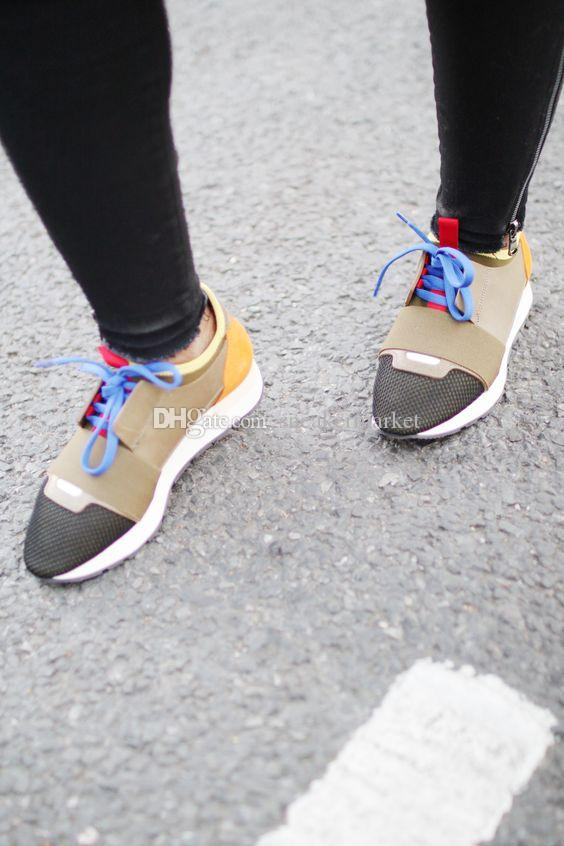 Nom Marque Kanye West Race Runner Casual Chaussure Homme Femme Nouveau Designer Armée Vert Low Cut Mesh Trainer Chaussures Pas Cher Sneaker Taille 35-46
