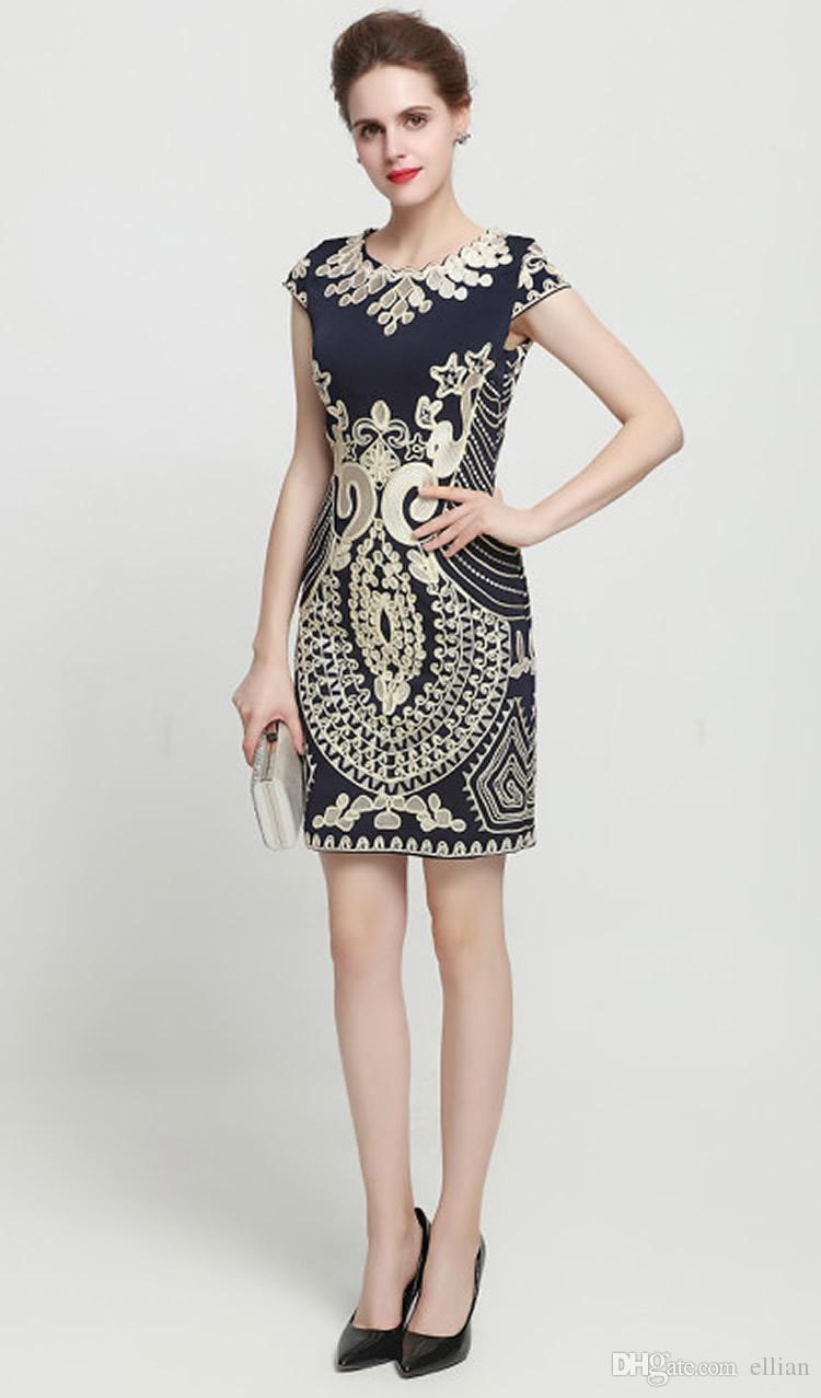 Vintage Stickerei Frauen Mantel Kleid Rundhals Mini Party Kleider 0816148