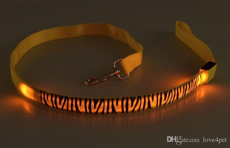 D52 pet dog leads LED Light dog leads 2.5cm width 120cm length pet dog LED Leashes