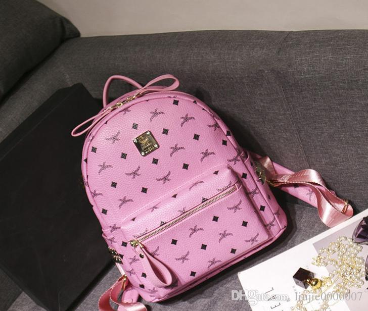 2018 New Arrival Fashion Luxury Brand Rivet Backpack Style Hot Selling Fashion Designer Backpack Letter Bags Women Men School Bags