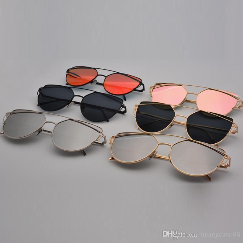 049154583f Compre Gafas De Sol De Las Mujeres 2016 Nuevo Diseño De La Marca Espejo  Plano Rose Gold Vintage Cateye Gafas De Sol De Moda Señora Eyewear Señoras  Planas ...