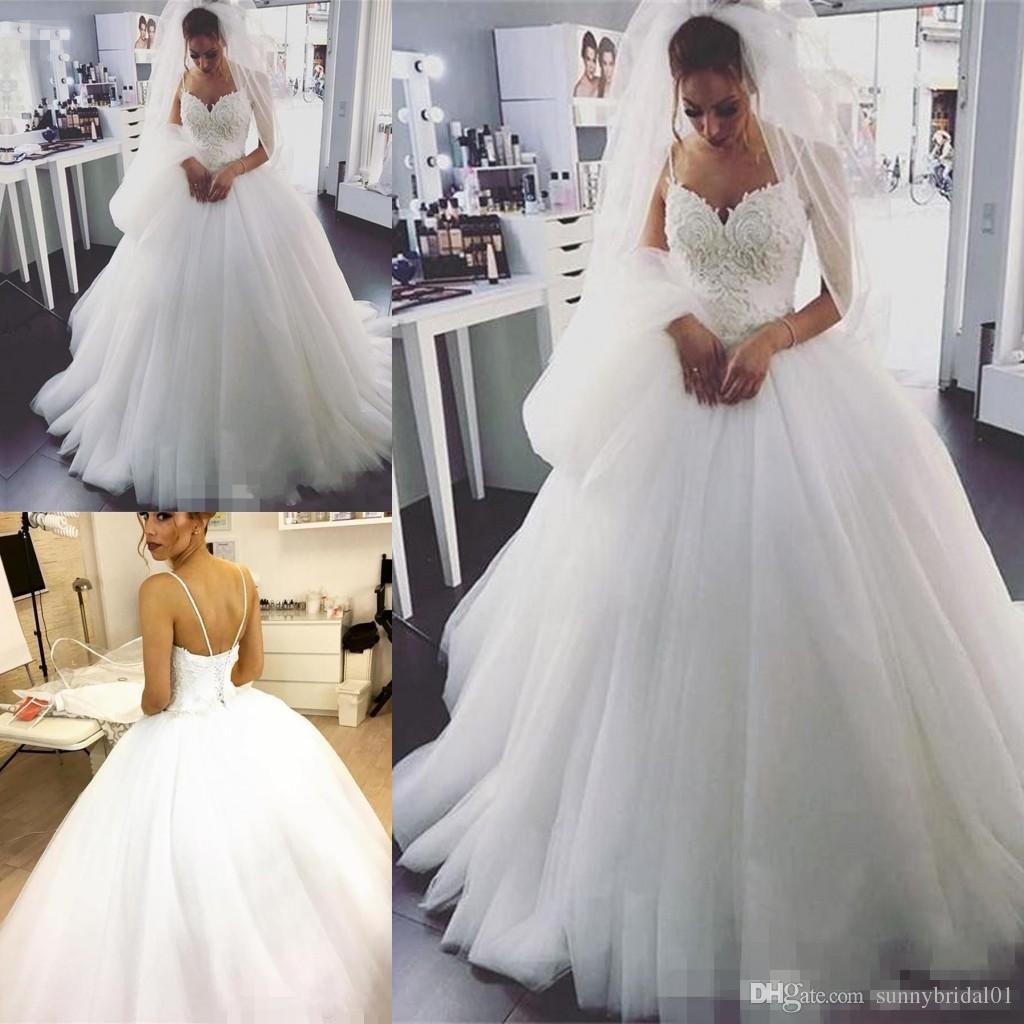 Discount 2018 Vintage Country Ball Gown Wedding Dresses Spaghetti Strap  Lace Beads Corset Back Plus Size Bride Gowns For Arabic Women Wedding Gowns  Taffeta ...