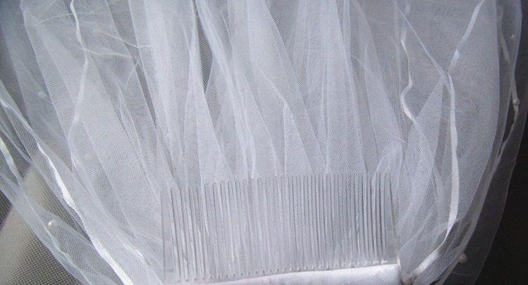 neue weiße oder Elfenbein Hochzeit Brautschleier Ellenbogen Länge Satin Rand mit Kamm Schleier für Braut